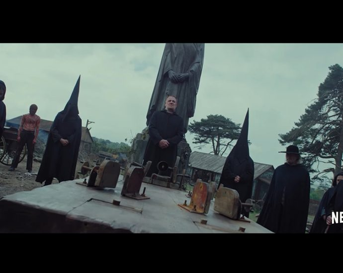Screenshot: Apostle (Gareth Evans)