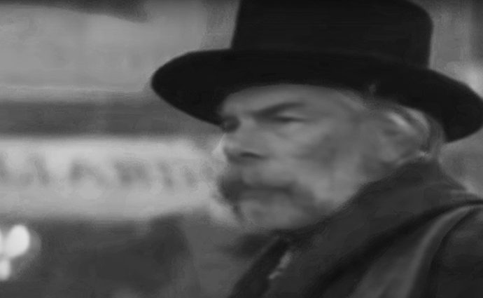 Screenshot: Lee Marvin - I was born under a wandering star